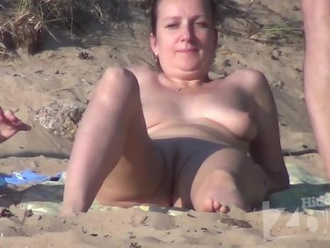 Nu2154# Almost everyone comes to the beach in pairs or companies. Men are turned on by the fact that