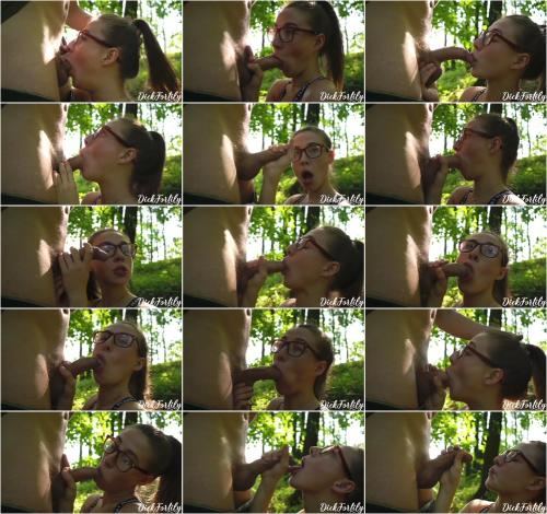 DickForLily - Charming Stranger Made a Gentle Blowjob In The Forest-Cum On Face [FullHD 1080P]