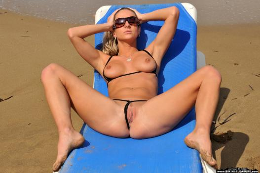 Pics and galleries bikini pleasure ambra