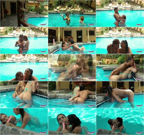 PussycatMoz - Lesbians In The Pool BJ Double Facial [HD 720P]
